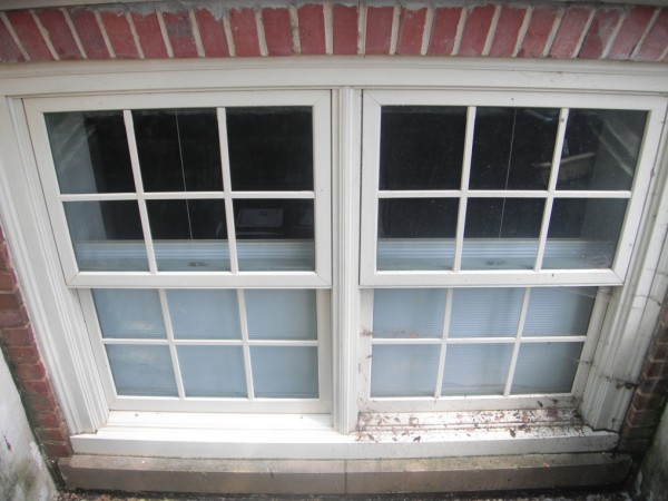 Our crew diligently cleans both windows and frames, leaving your windows sparkling clean.